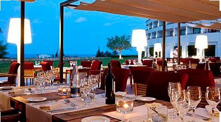 iluminacion en terraza de restaurante