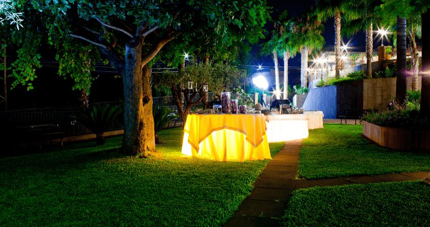 iluminacion jardin inteligente